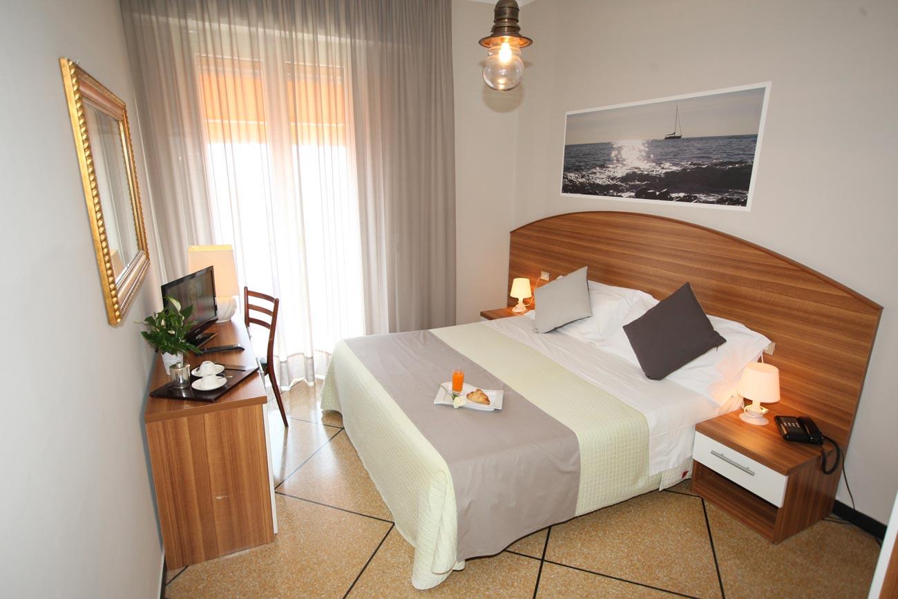 Hotel camere vista mare liguria hotel mediterraneo lavagna for Design hotel liguria